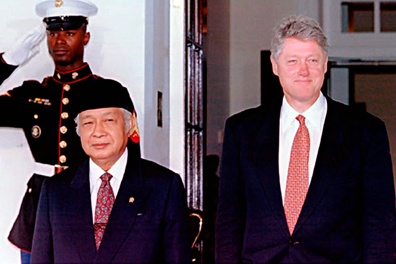 Suharto & Clinton - New Naratif