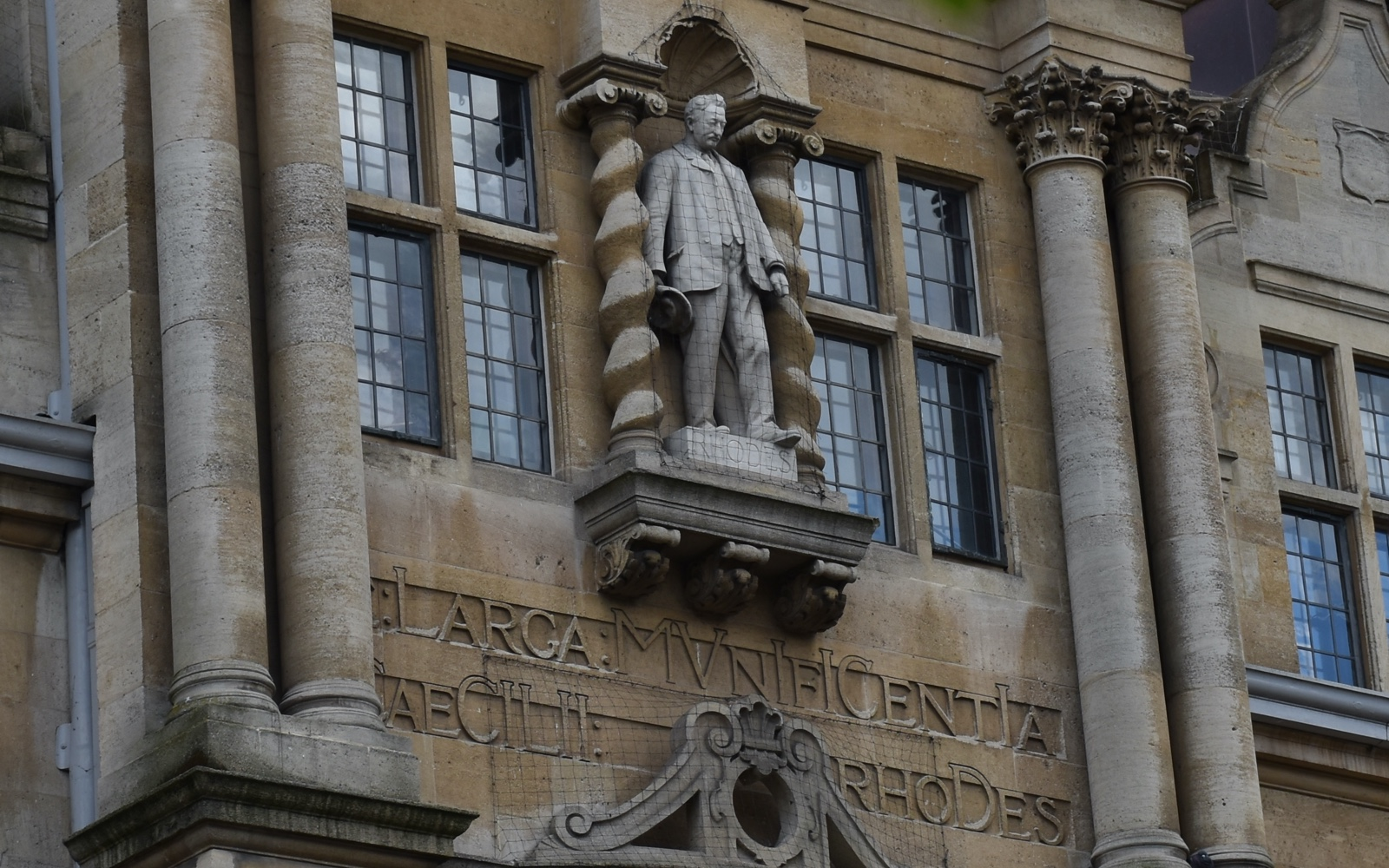 The Statue of Cecil Rhodes, at Oriel College, Oxford - New Naratif